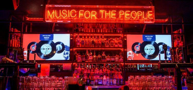 Live artiesten boeken: Hoe zit dat met ontheffingen en  vergunningen voor muziek in de horeca?