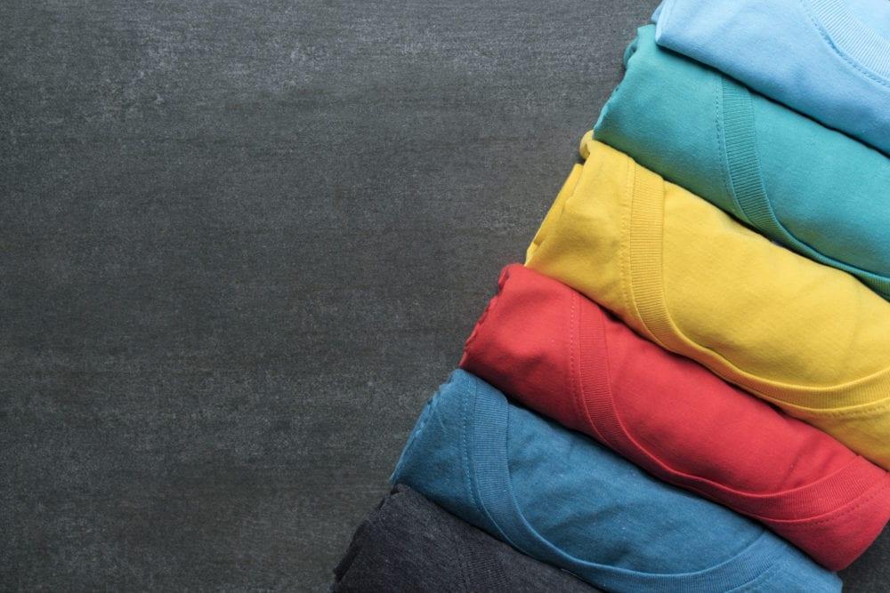 De-ontwikkeling-en-geschiedenis-van-het-T-shirt-min